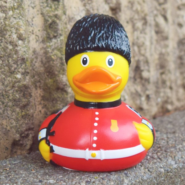 LILALU rubber duck Guard in front of a wall