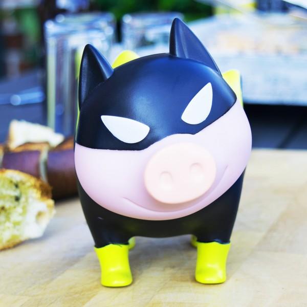 LILALU BIGGYS Sparschwein Hero auf einem Tisch